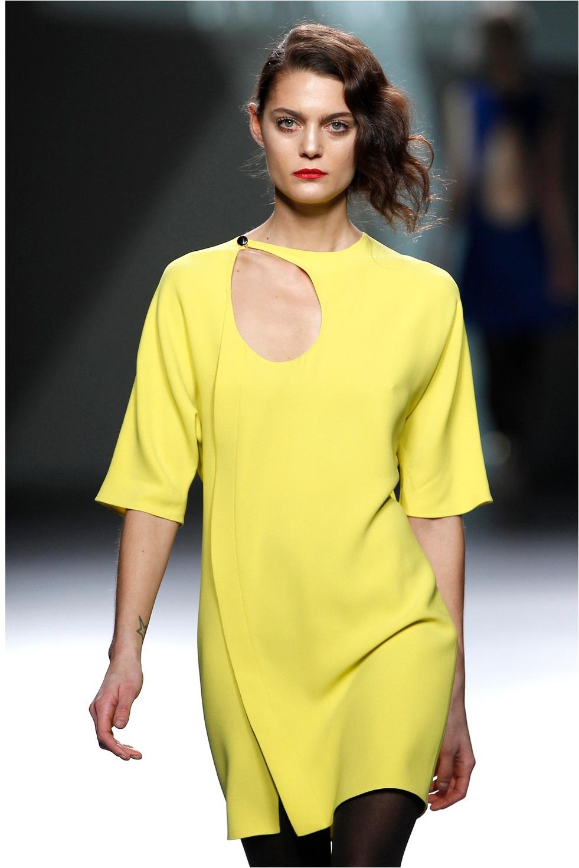 colores-de-vestidos-ideales-para-blanquitas