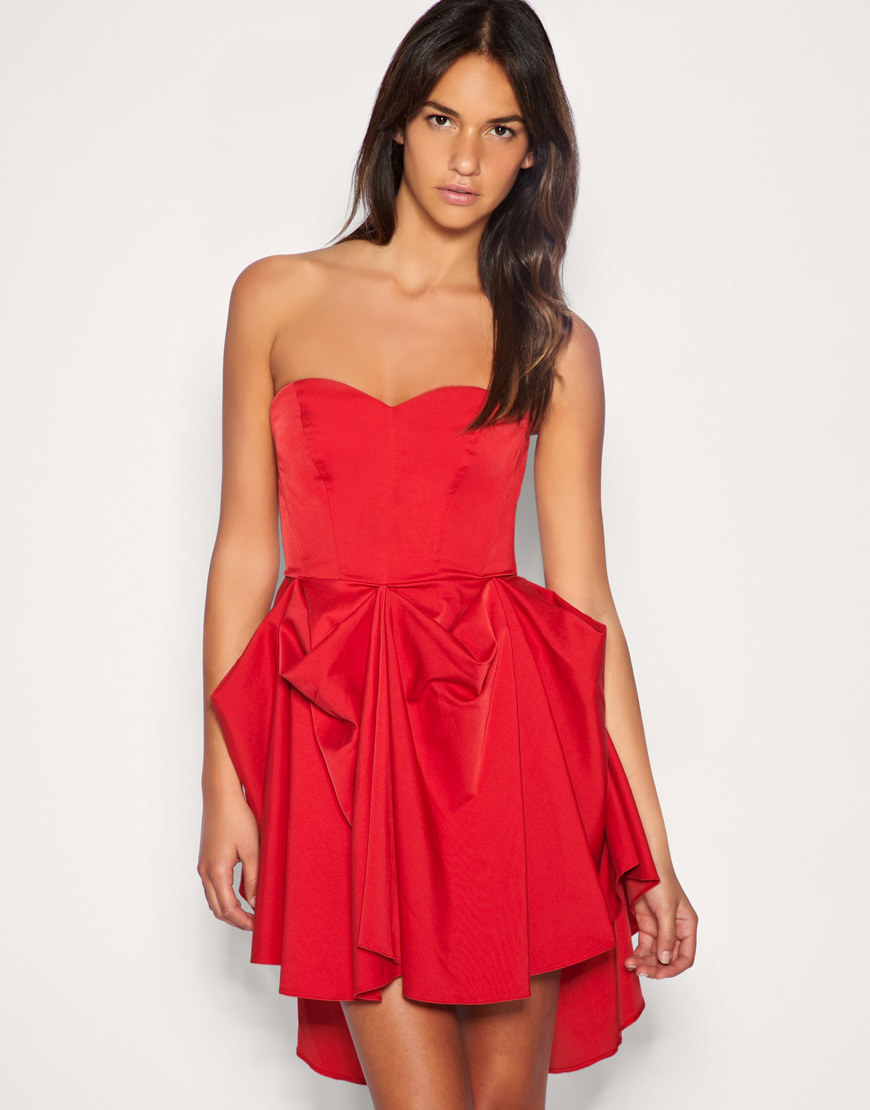 vestidos-bustier-tendencia-para-este-verano-2015