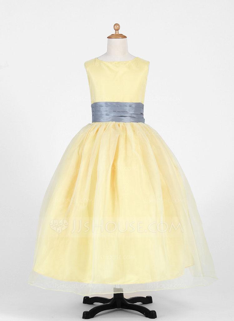 vestidos simples de navidad color dorado (4)