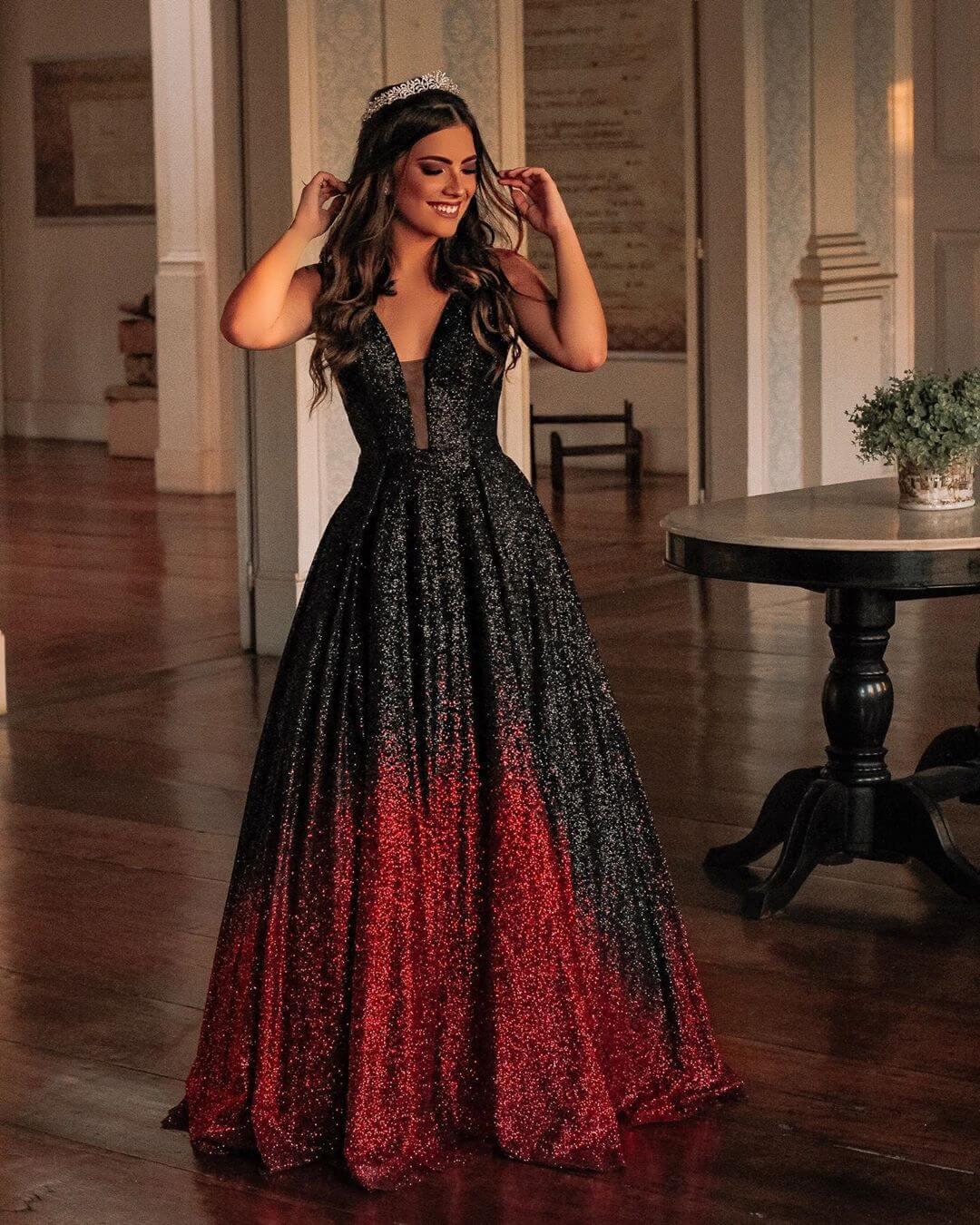 vestidos de 15 corte princesa rojo y negro