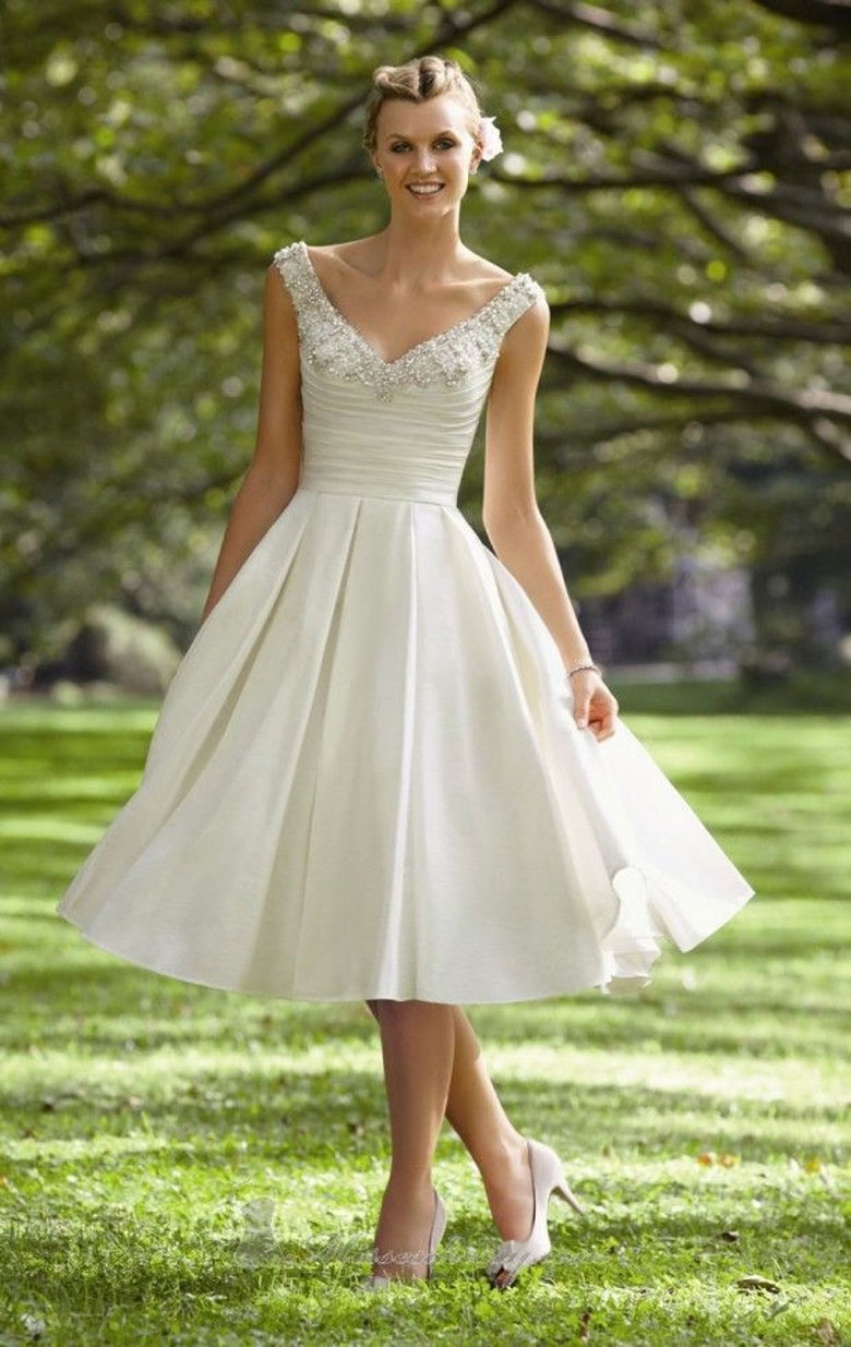 vestidos de novia corto escotado