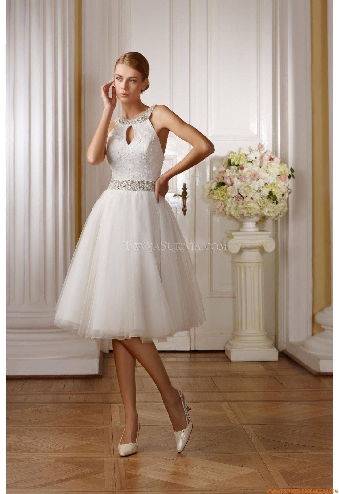 Vestidos de novia sencillos color perla cortos