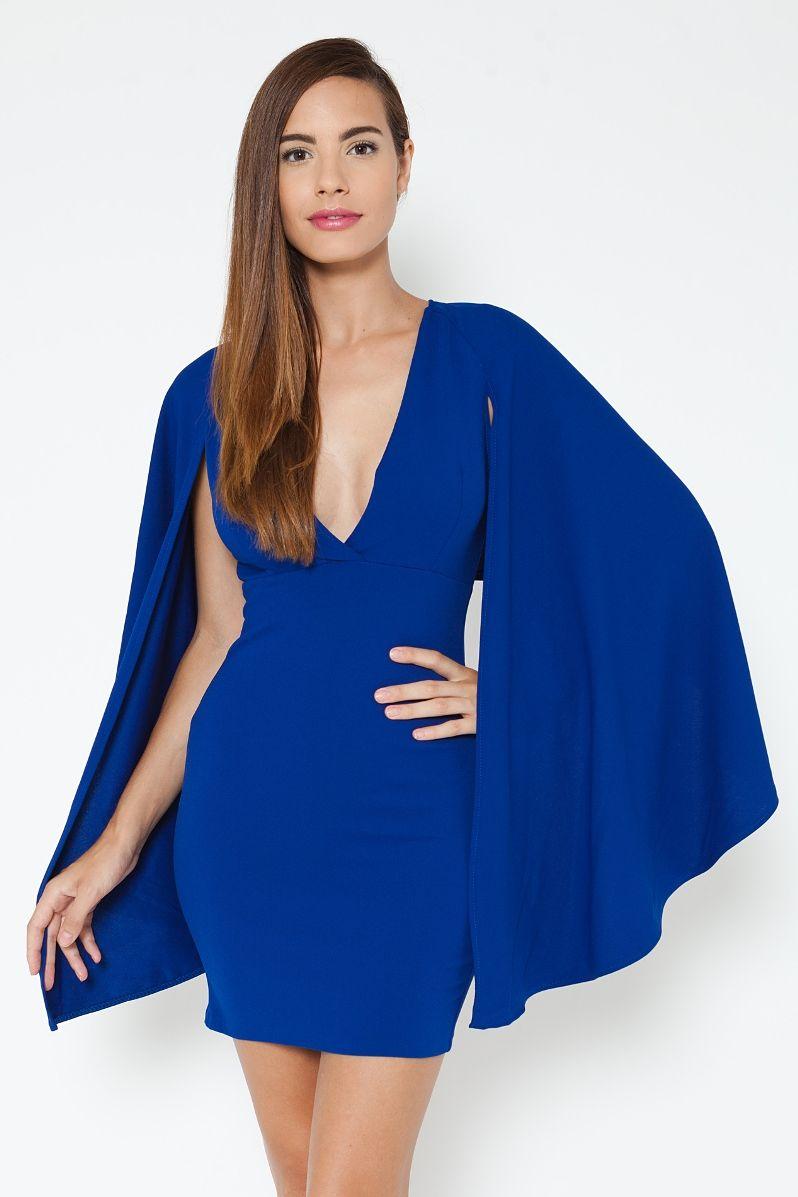 Vestido corto con capa 1