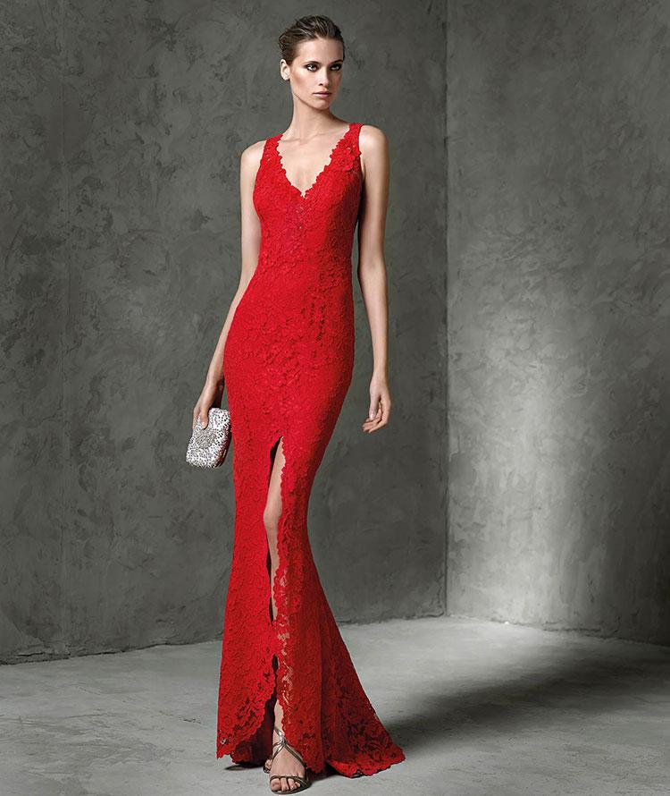 Vestidos rojos largos de noche con tajo adelante