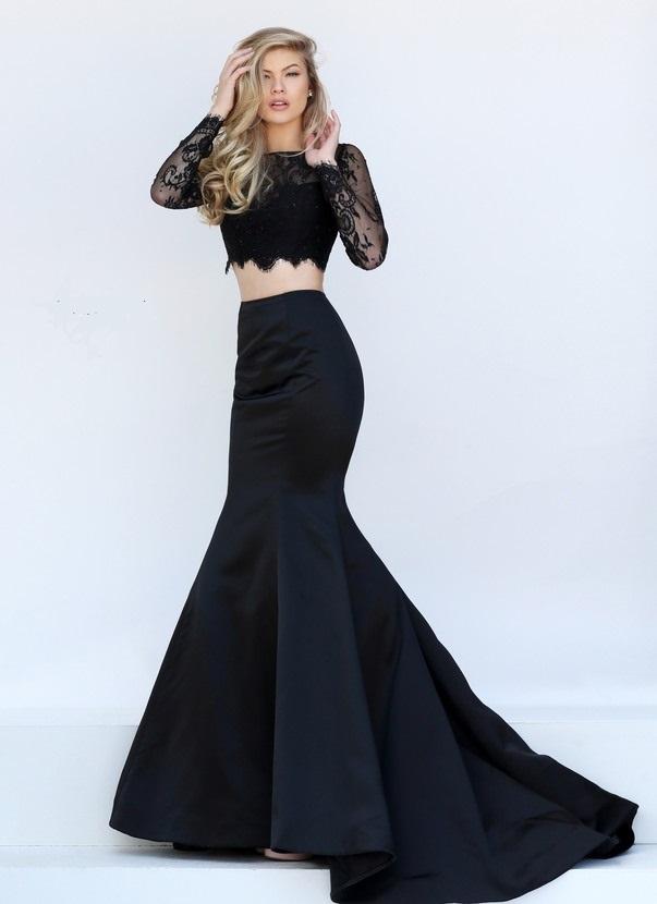 Vestido negro corto vuelo