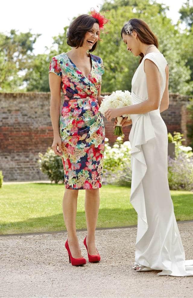 vestidos para boda de dia en jardin