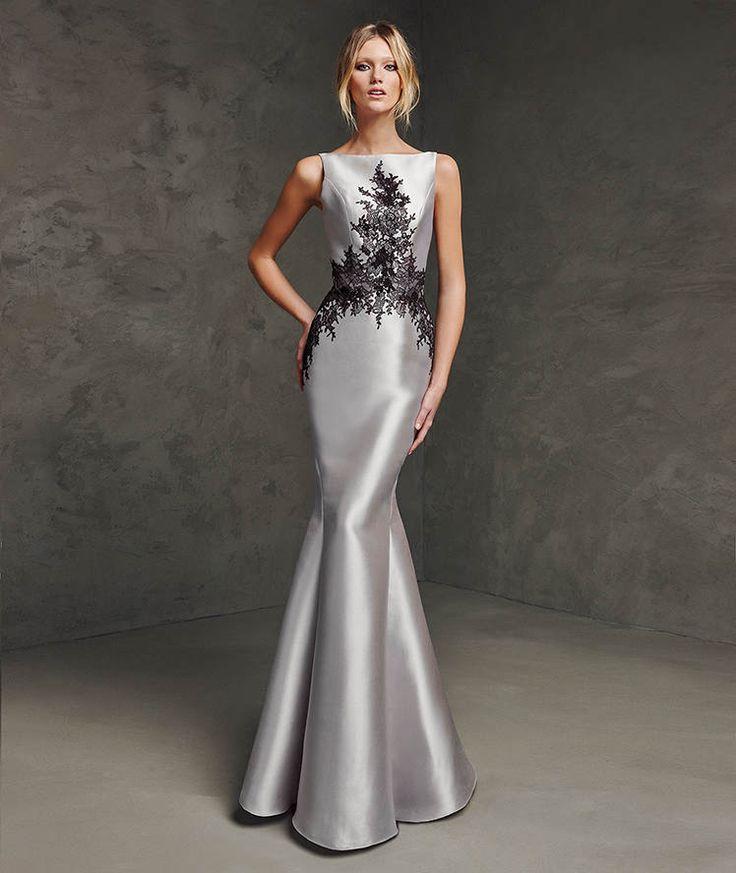 vestido plateado moderno largo