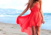 Hermosos vestidos playeros para disfrutar del mar