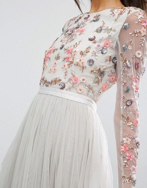 la 250ltima tendencia en vestidos bordados de flores