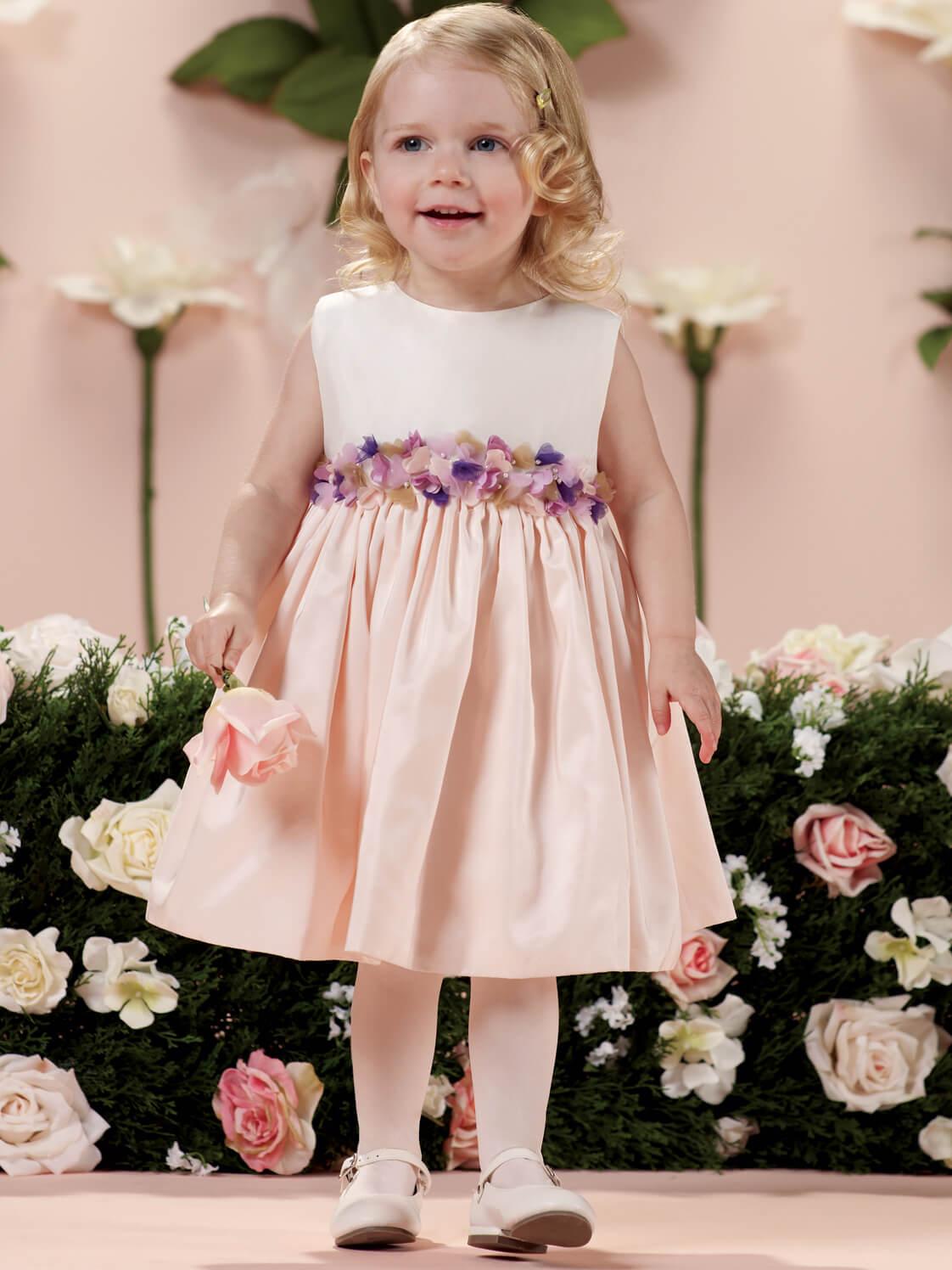 3342cdb2004 🥇 Vestidos para dama de honor: Mas de 40 modelos cortos, niños y mas!