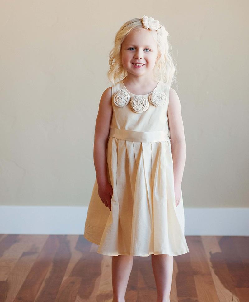 vestido dama de honor simple para niña