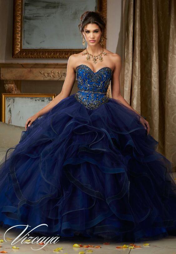 vestido de 15 color azul corte princesa