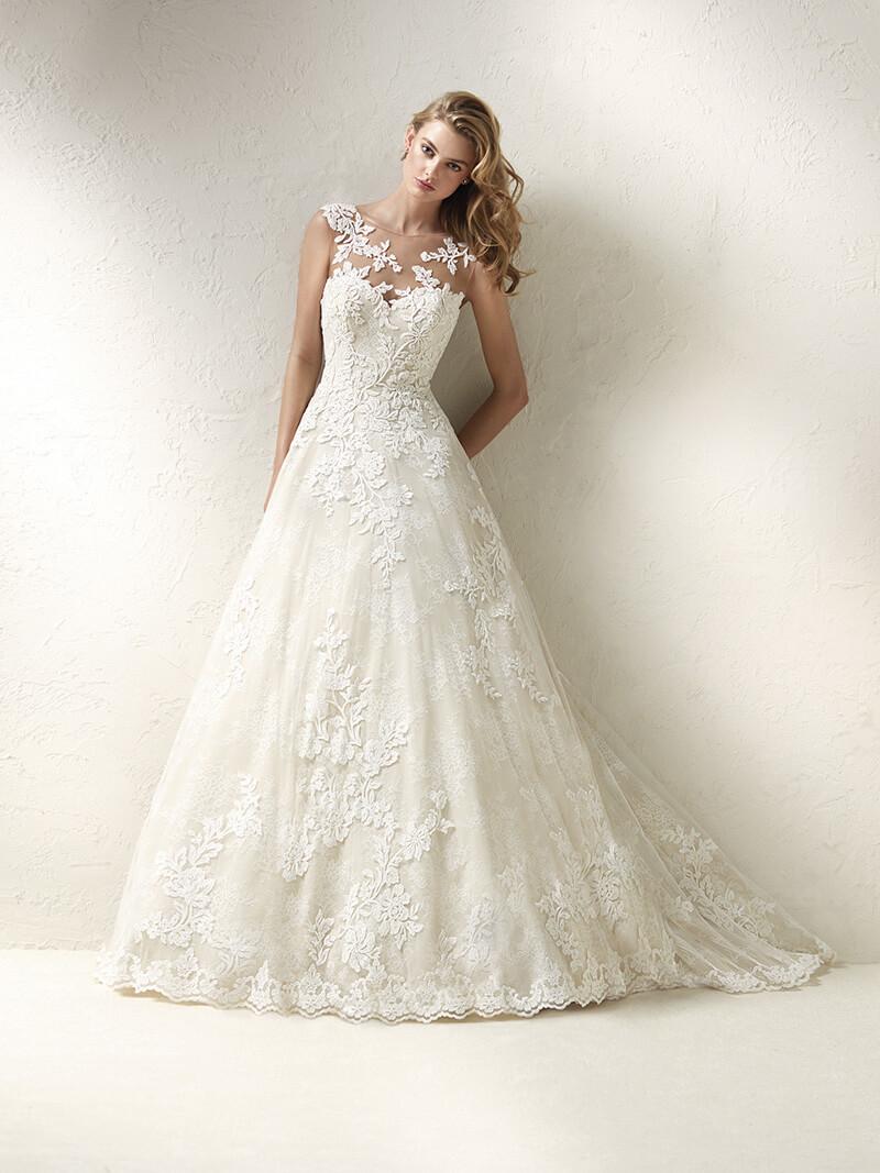Vestidos de novia modernos corte princesa