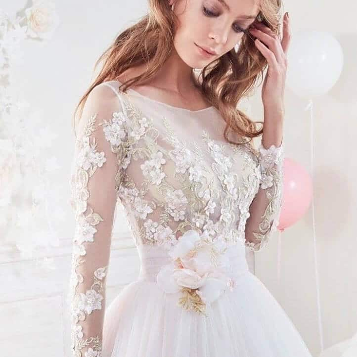 vestido de novia corto encaje