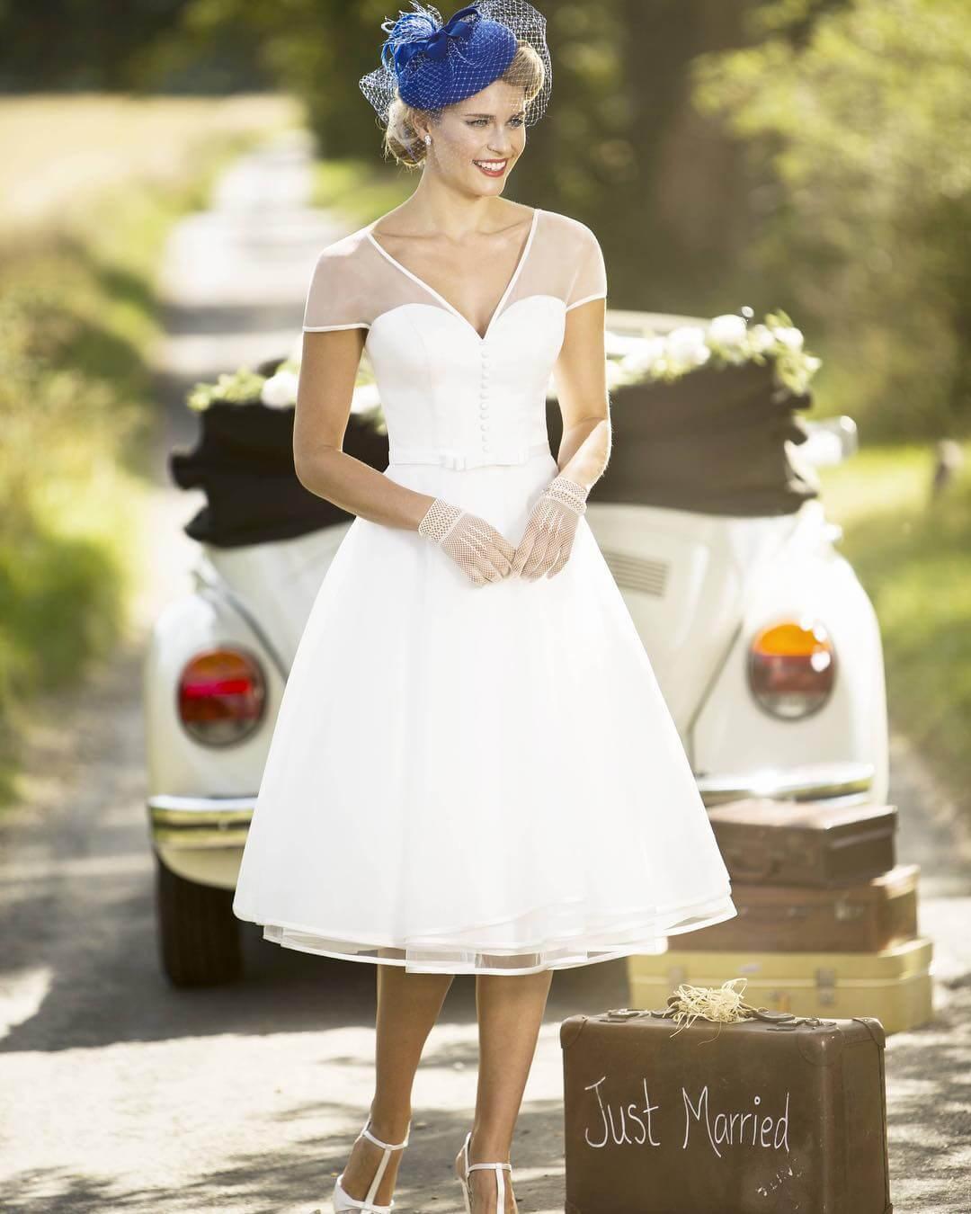 vestido de novia corto moderno