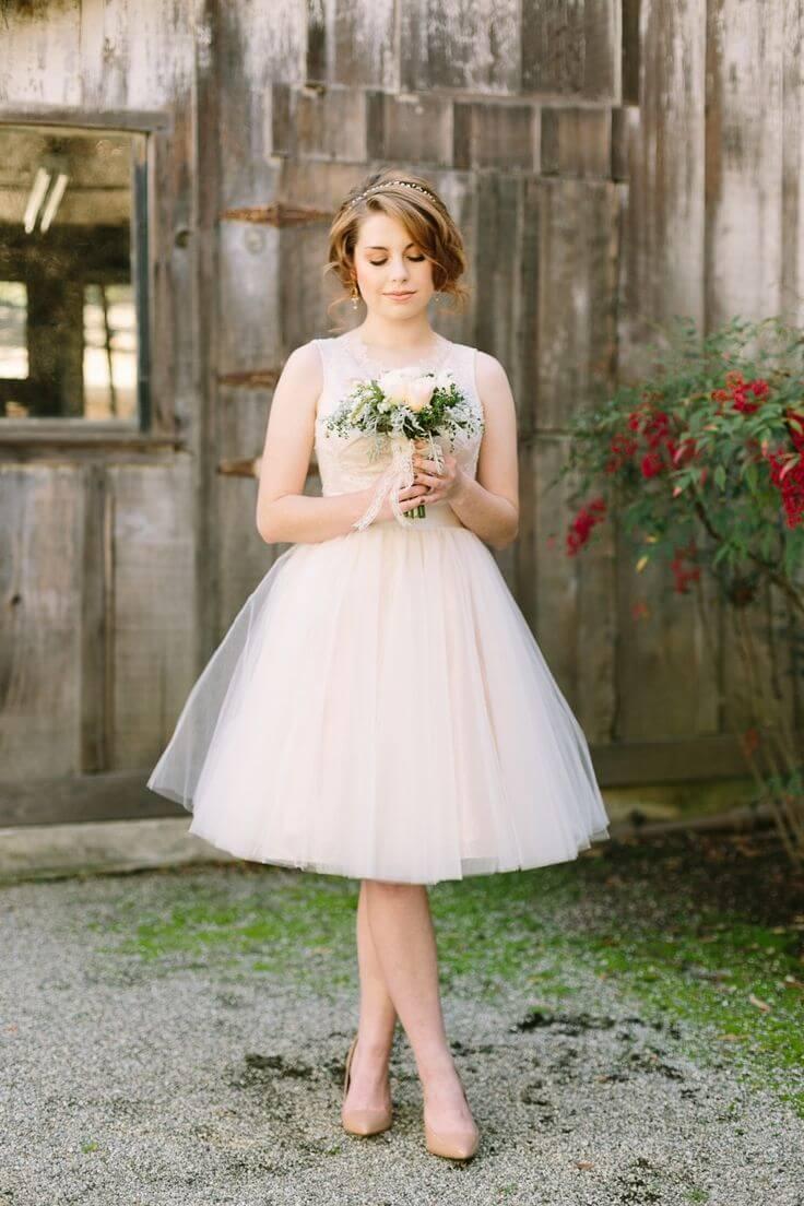 vestido de novia corto simple