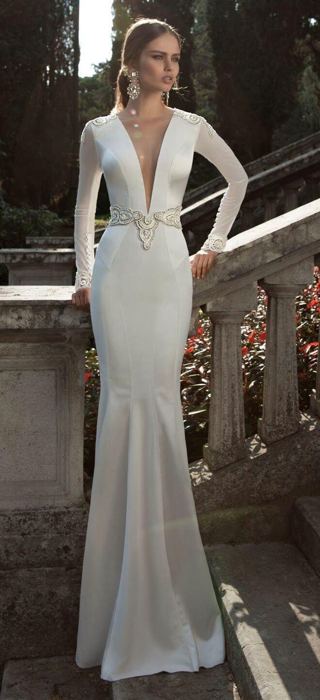 vestido de novia largo elegante pegado al cuerpo