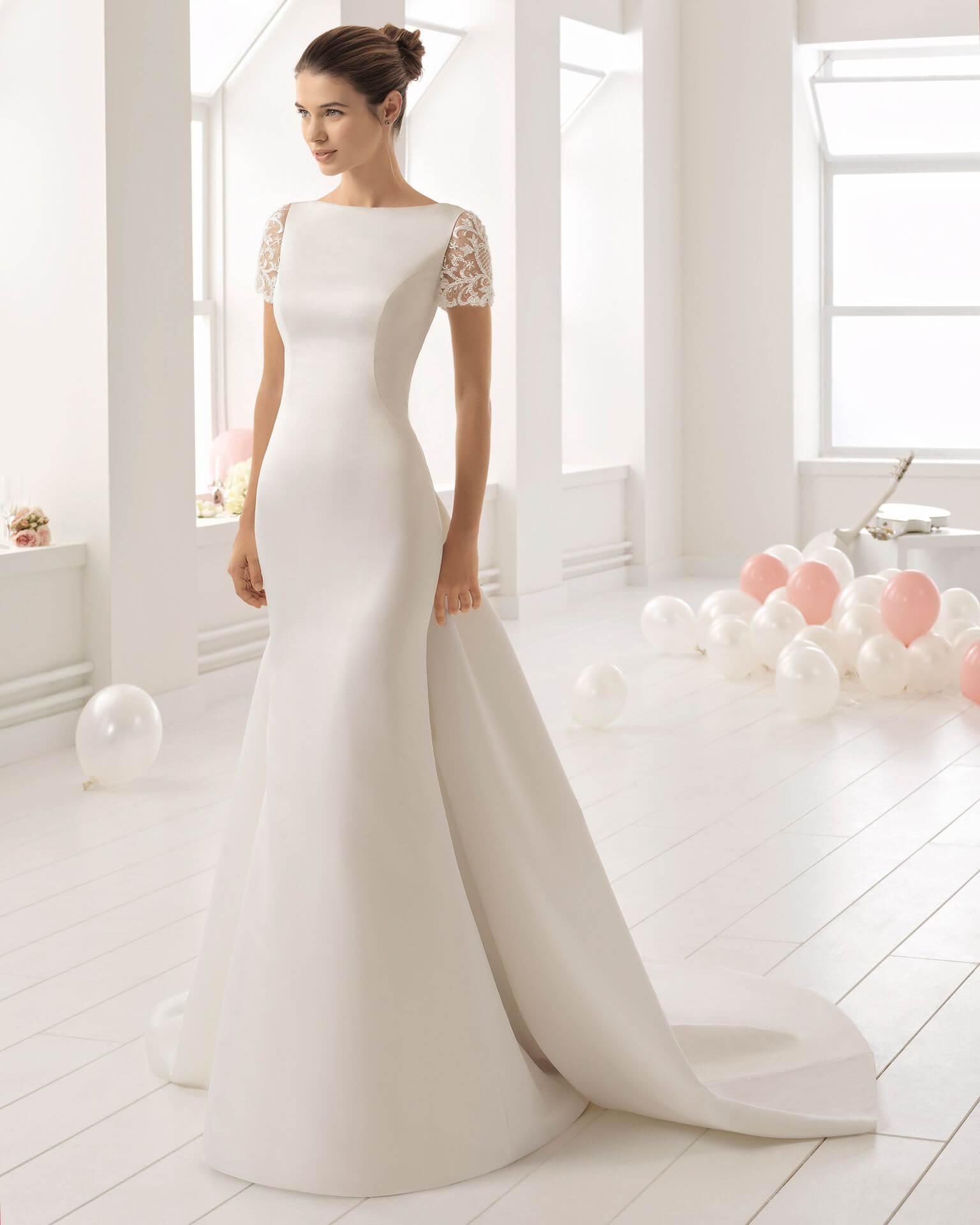 vestido de novia largo pegado al cuerpo