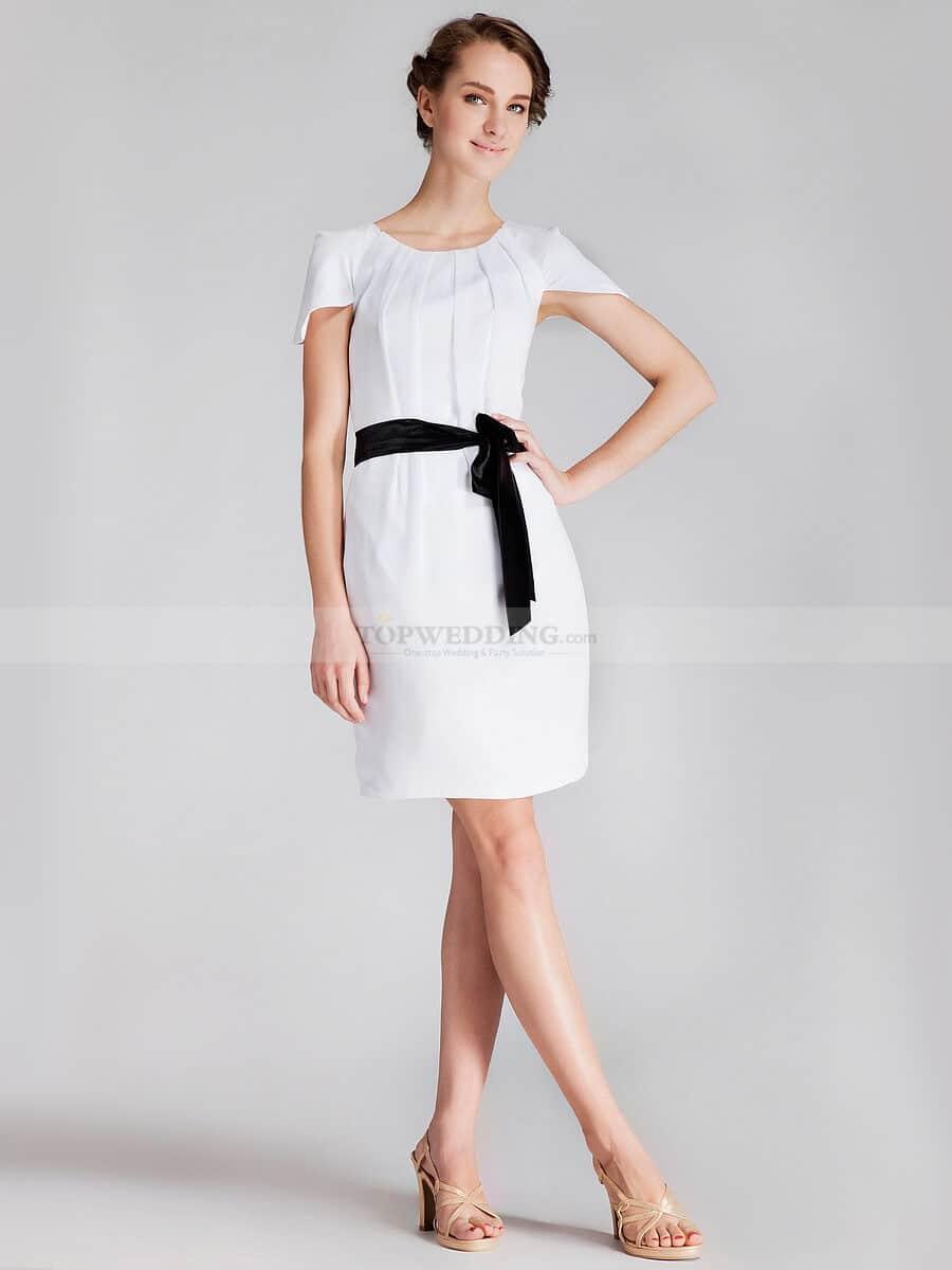 vestido de novia moderno con cinto