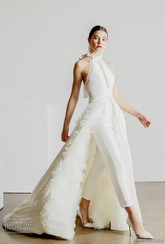 vestido de novia moderno con pantalon