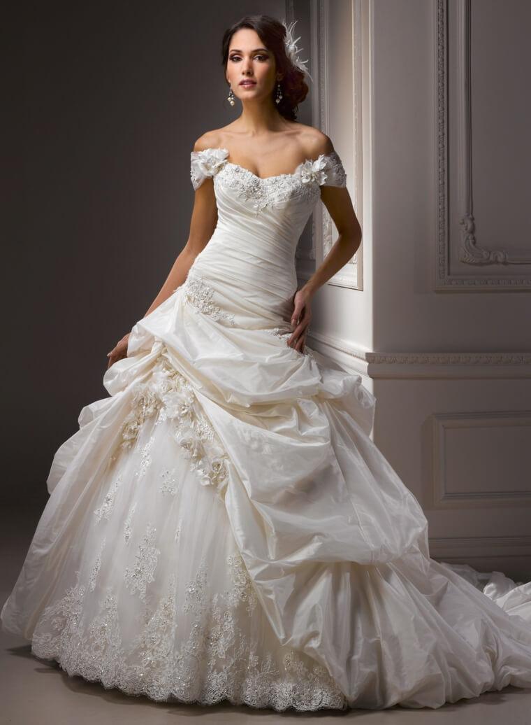 vestido de novia moderno hombro descubierto