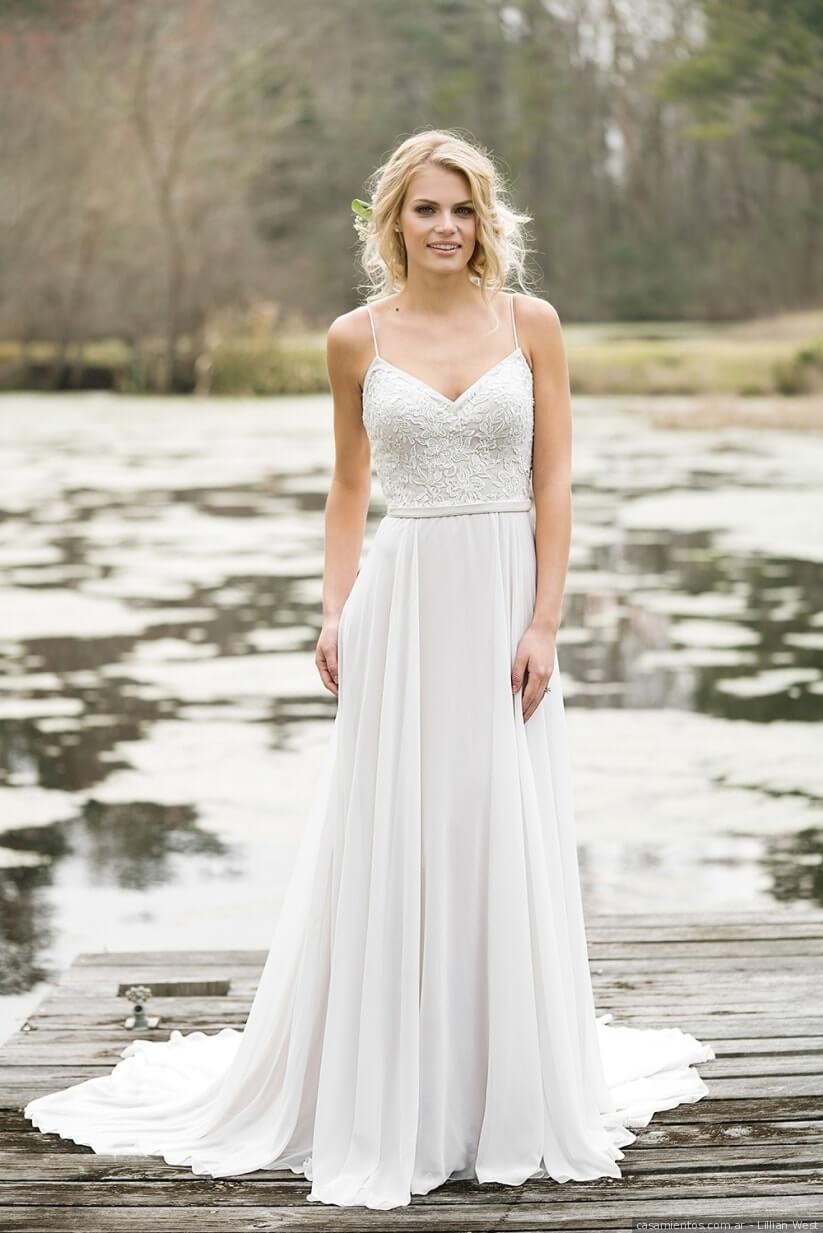vestido de novia sencillo con cola